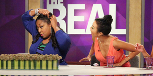 Loni Shows Off Her Weave