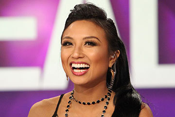 jeannie mai measurements