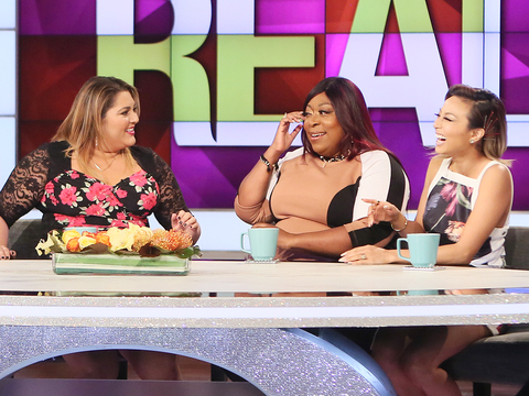 Loni's Tearful Thank You to Her Co-Hosts
