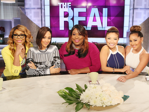 The Hosts Open Up About Being Bullied in School & Hollywood