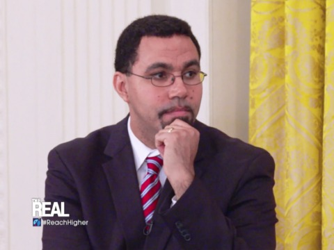 Q&A with Education Secretary John King en Espanol