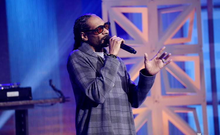 Catch Snoop Dogg on Tour this Summer