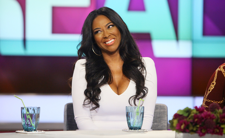 Kenya Moore Shares Video of Baby Brooklyn's First Steps!