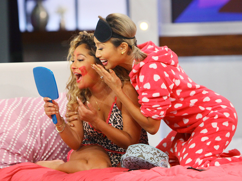Jeannie Gives Adrienne a Blindfolded Makeover