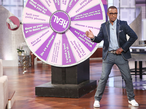Tommy Davidson Shows Off His Dancing Feet