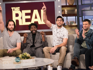 LOL with the Cast of 'Undateable'