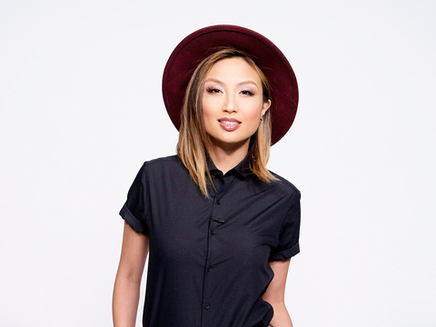 #SummerStyle: 4 Ways to Rock a Hat Like Jeannie Mai