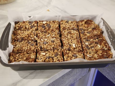 Tamera's Bakery: Try Her Granola Bar Recipe