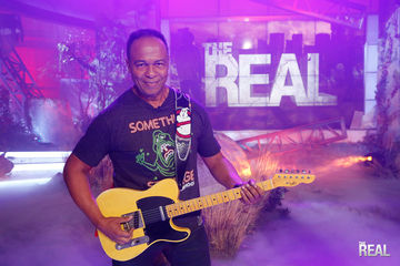 It's Halloween with Ray Parker Jr.!