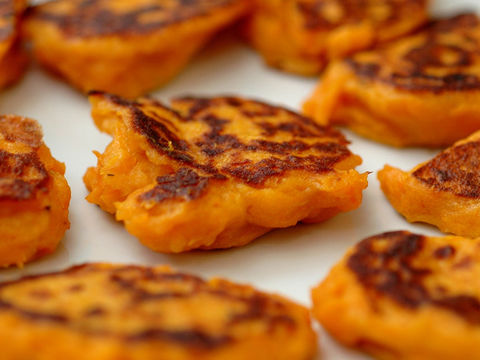 Sweet Potato Apple Cinnamon Latkes
