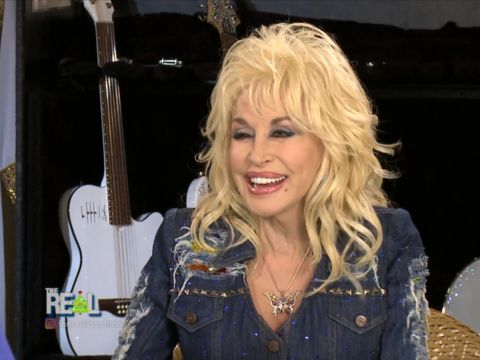 Dolly Parton: What She's Getting Goddaughter Miley Cyrus for Christmas!