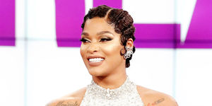 It's Guest Co-Host Joseline Hernandez!