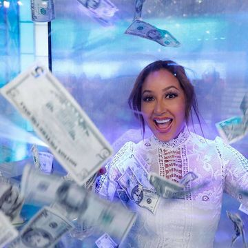 @AdrienneBailon has the money booth all warmed up! Tune in to see if one lucky…