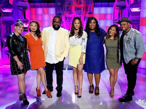It's a JAM-PACKED episode of #TheReal!