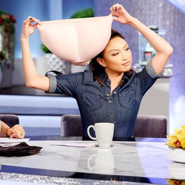 @thejeanniemai shows us how a little padding can go a looong way on #TheReal!