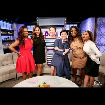 Today on #TheReal, our girl @thejeanniemai takes #TheRealOnTheRoad to play a…