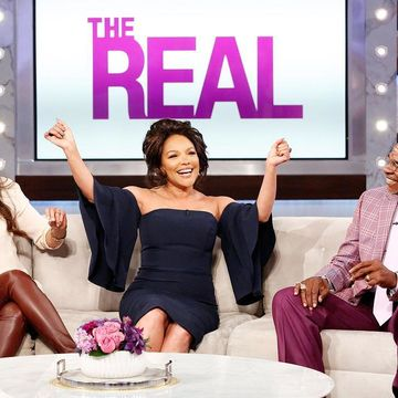 Today on #TheReal, @greenleafown stars @merledandridge, @mslynnwhitfield and…