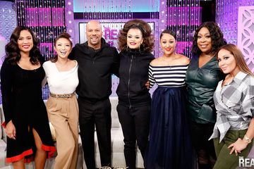 Food Network Host and Author Ayesha Curry Guest Co-Hosts, Common