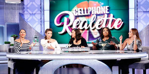Phone REAL-ette with Ayesha Curry!