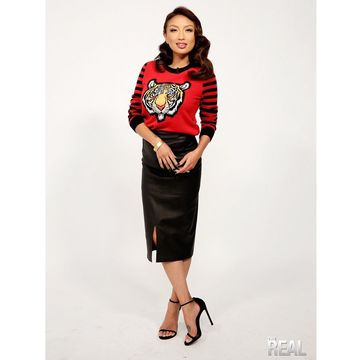 @thejeanniemai is serving us some crouching tiger hidden fashion!🐯