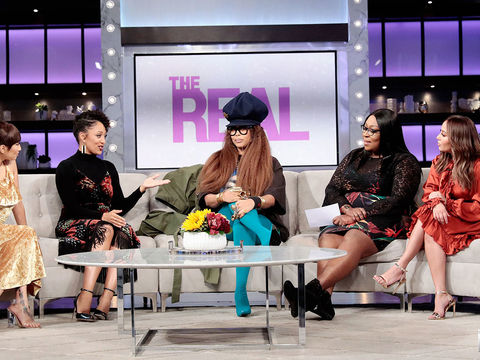 Erykah Badu Talks Hosting The Soul Train Awards