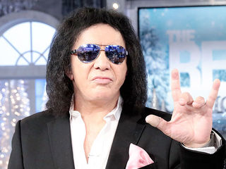 Gene Simmons, Hotline Bling!