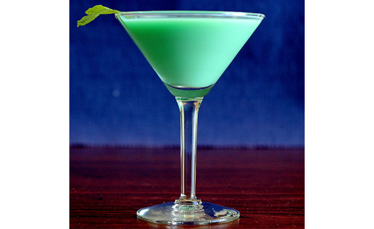 Green Grasshopper Drink Recipe   TheReal.com - photo#12