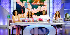 Loni Love Wants the Kardashians to Have Regular Names!