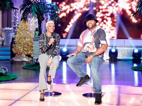 "Dionne Warwick and Her Son Nomad Perform ""Mele Kalikimaka"""