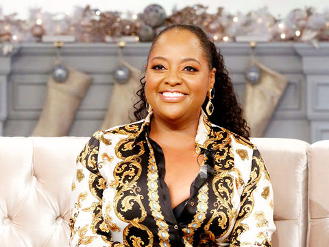 Loni's Here To Help Sherri Shepherd Work The Dating Apps