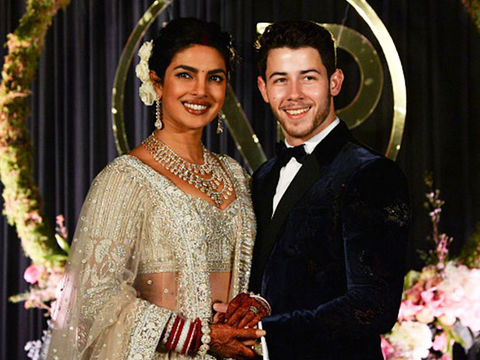 Writer Apologizes for Calling Priyanka Chopra 'Global Scam Artist'