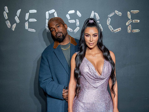 Kim Kardashian Defends Kanye West After Rapper Takes Aim at Drake: 'Never…