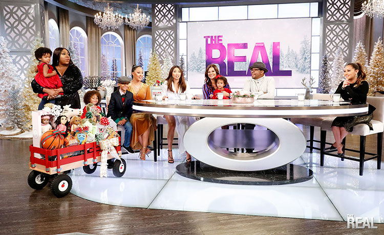 Bobby Brown & Alicia Etheredge Brown Bring Kids on Show, Share Holiday Traditions!
