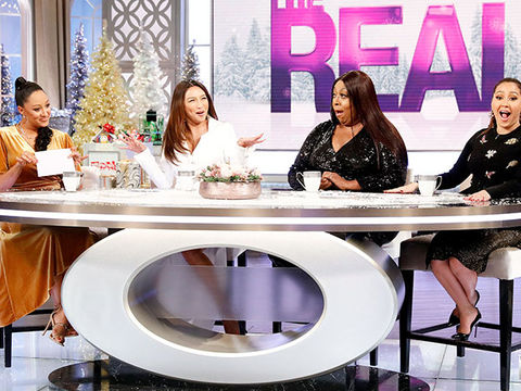 Festive Flirting! The Hosts Share Their Funniest Christmas Pick-up Lines