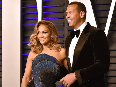 Jennifer Lopez Bought A-Rod This Special Present For His Birthday!