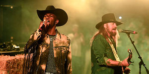 Aww! Lil Nas X Surprises Elementary School with Epic 'Old Town Road'…