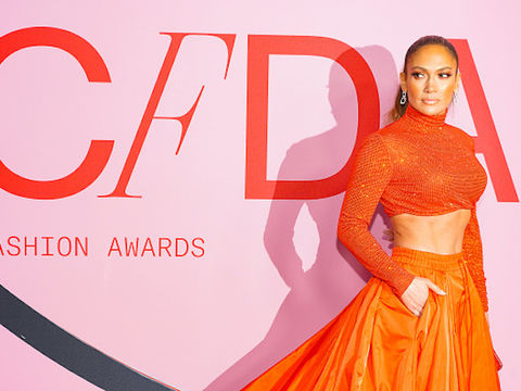 Jennifer Lopez Reportedly in Talks to Headline the Super Bowl