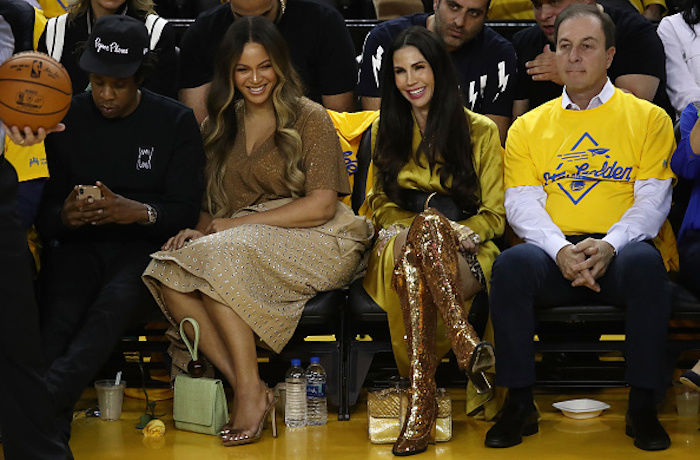 Beyoncé's Reaction to Nicole Curran Leaning Over Her to Talk to Jay-Z Went Viral