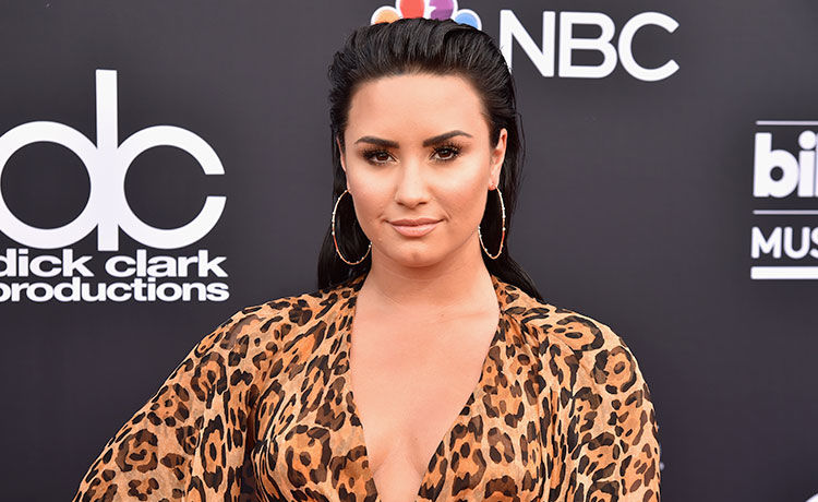 Demi Lovato Wins Halloween with Her Marie Antoinette Costume