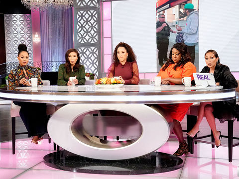 The Hosts Discuss the Police Detaining a Black Man for Eating on the BART…