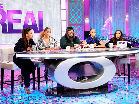 The Hosts Reveal Their Pet Peeves About Internet Comments
