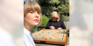 Taylor Swift Reveals Mom Andrea Diagnosed with Brain Tumor During Chemo