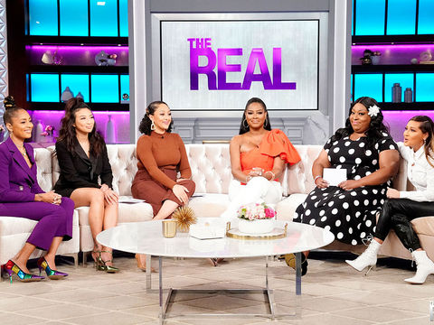 Kenya Moore Talks Emotionally About Receiving a Gift from Her Estranged Mother