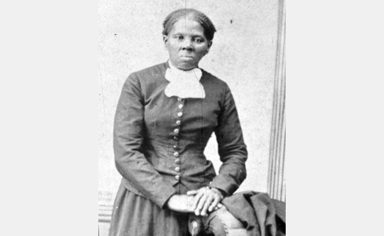 'The Real' Reacts to the Controversial Harriet Tubman Debit Card