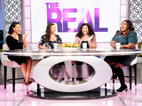 Loni & Tisha Tap Into Their Best Drunk Stories