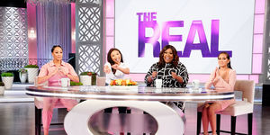 Why Loni & Jeannie Decided to Share Their Relationships on Social Media…