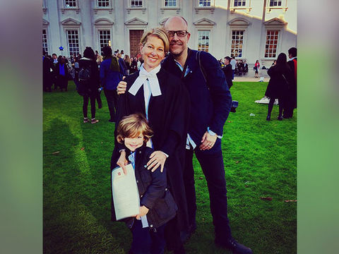 Journalist Has Beautiful Reunion with Family After COVID-19 Quarantine