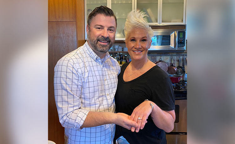 Food Network Star Anne Burrell Is Engaged!