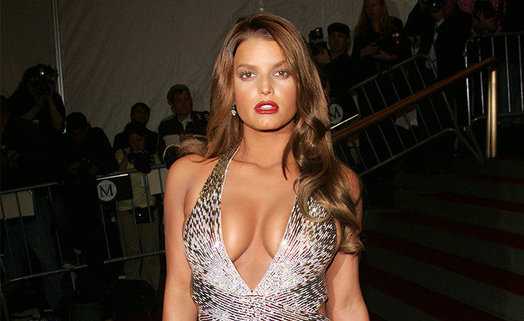 Jessica Simpson Claps Back After Being 'Body Shamed' by Former Vogue Staffer
