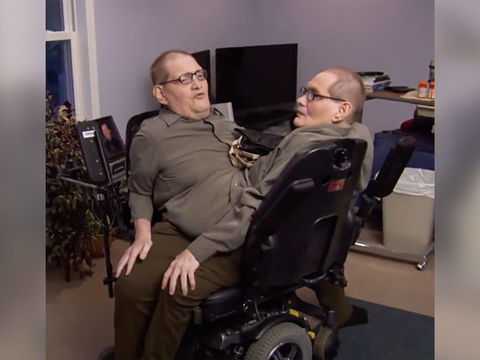 Ronnie & Donnie Galyon, Longest-Surviving Conjoined Twins, Dead at 68